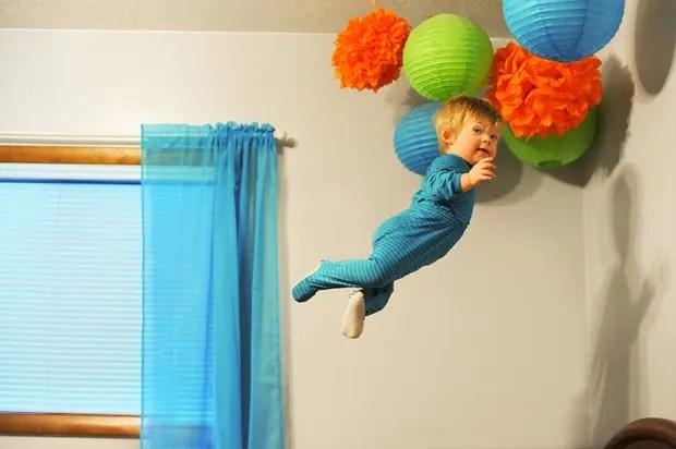 niño-sindrome-down-vuela-fotos-adornos