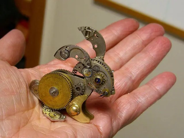 recycled-watch-parts-sculptures-vintage-antique-susan-beatrice-36