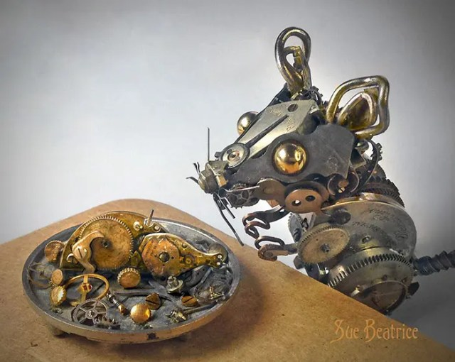 recycled-watch-parts-sculptures-vintage-antique-susan-beatrice-9