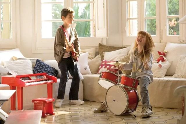 cambia-el-ipad-de-tu-hijo-por-una-guitarra2