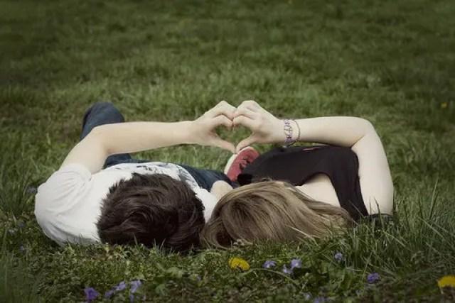 parejas-felices-novios-despues-de-casados3