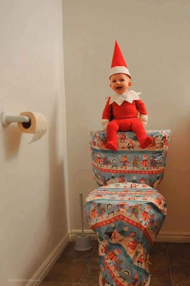 bebe-elfo-fotos-divertidas-con-su-papa5