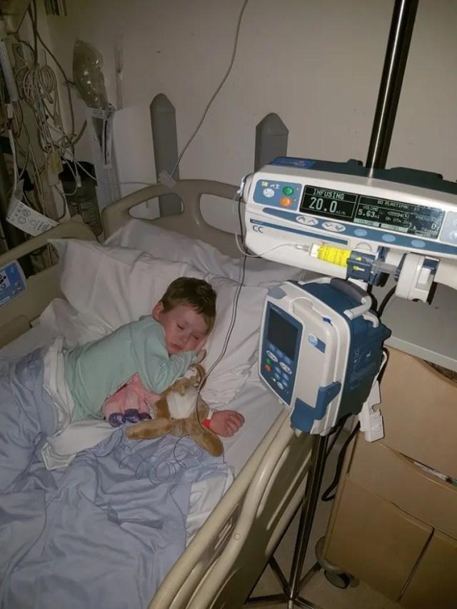 foto-nena-lucha-contra-el-cancer-11