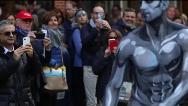 silver-surfer-nyc-halloween-02