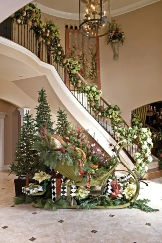 decoracion-navidena-escaleras-y-corredores-4