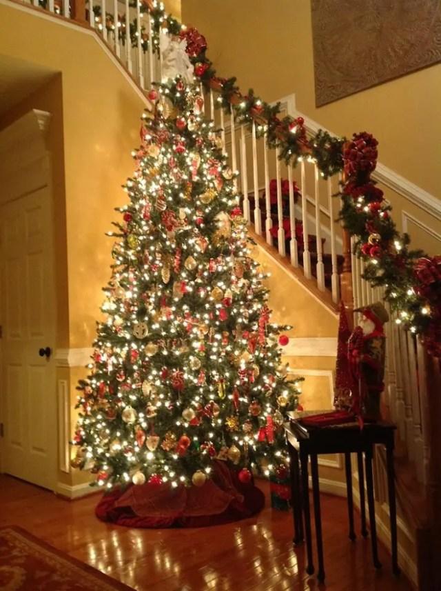 decoracion-navidena-escaleras-y-corredores-6