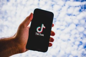 How to Delete Negative Comments on TikTok