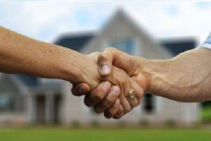 Hiring Real Estate Lawyer