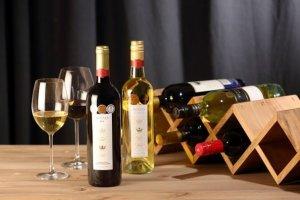 gifting wine