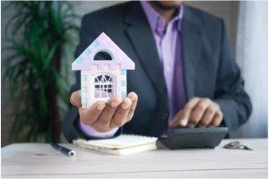 Career In Real Estate (1)