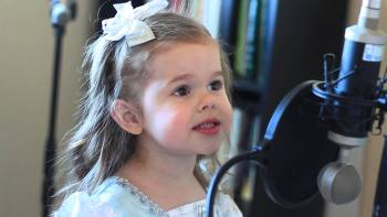 Three Year Old Sings Cutest Cover Of 'Part Of Your World' From The Little Mermaid