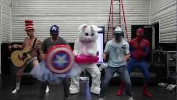 Backstreet Boys Do The Harlem Shake