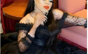 Automobile owner seizes bobrisky new car