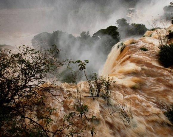 Puerto Iguazu – Bizim Boğazımız, Şeytanın Boğazı ve Milli Park