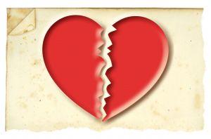 975584_broken_heart-300x198