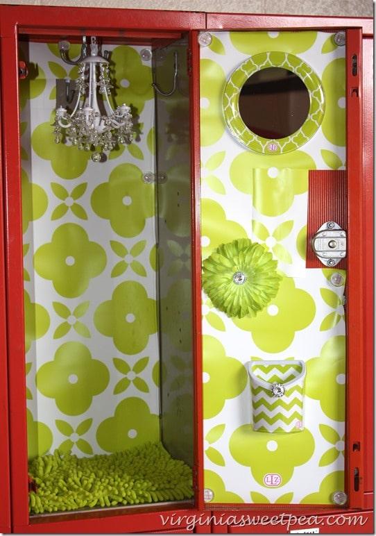 Cute Pink And Black Wallpaper Decorate A Locker With Lockerlookz Sweet Pea