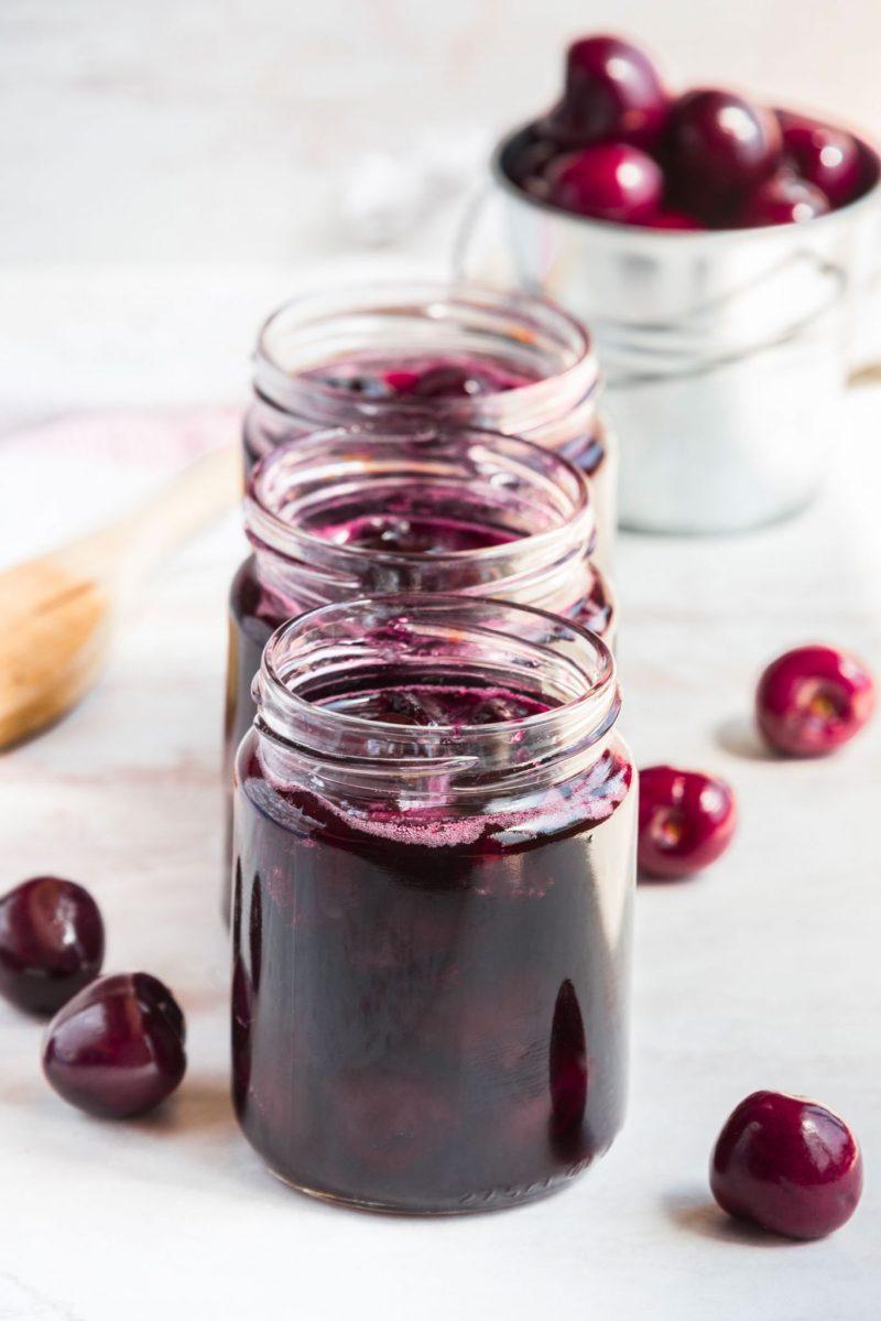 come-conservare-le-ciliegie-marmellata-sotto-spirito
