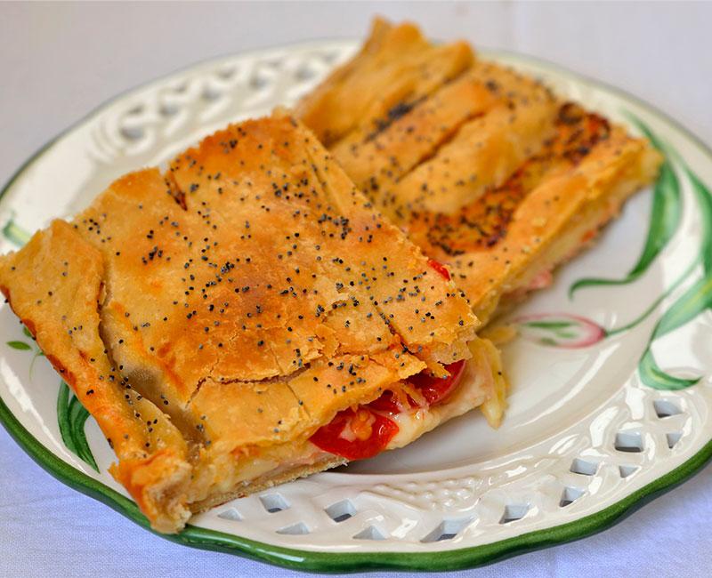 torta rustica al salmone con pasta fatta in casa ricetta ingredienti preparazione virosac magazine fetta