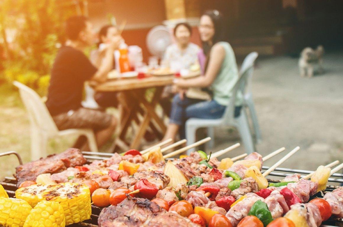 La raccolta differenziata nelle grigliate estive