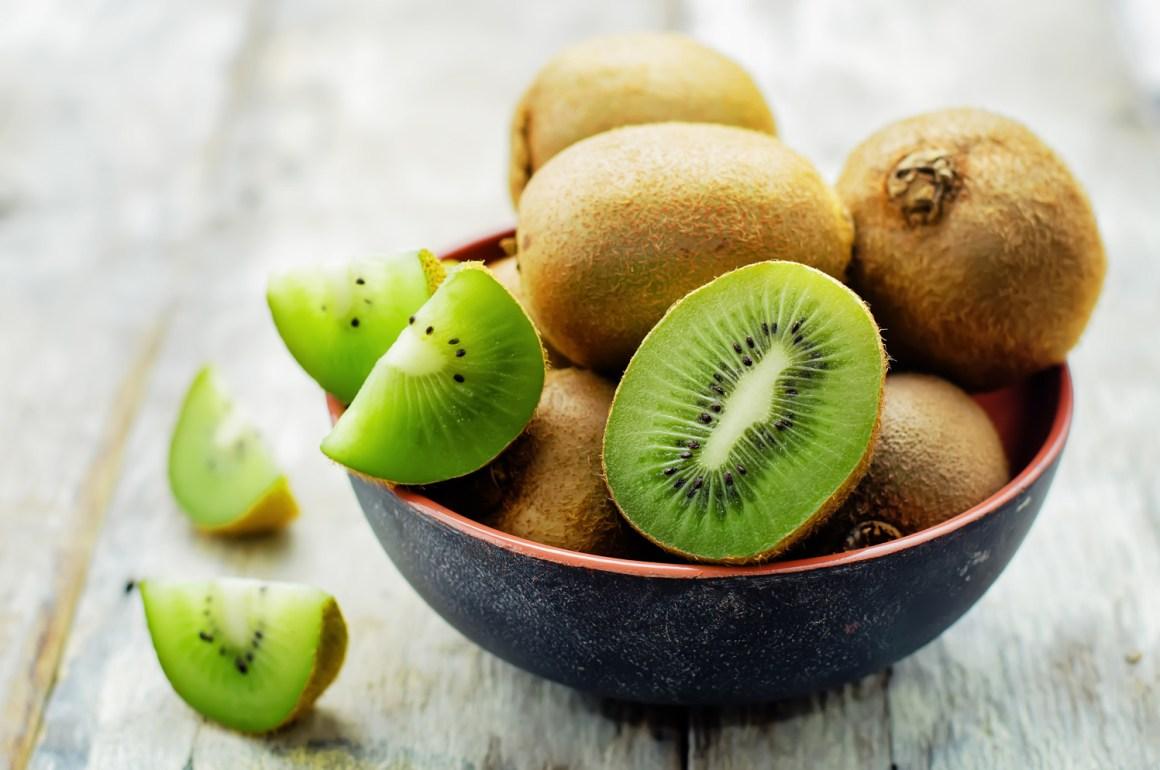 come conservare i kiwi in frigorifero e freezer