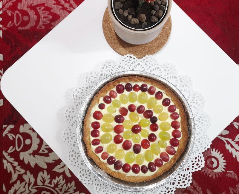 crostata con crema di mascarpone e frutta fresca di stagione uva ricetta ingredienti consigli idee virosac magazine