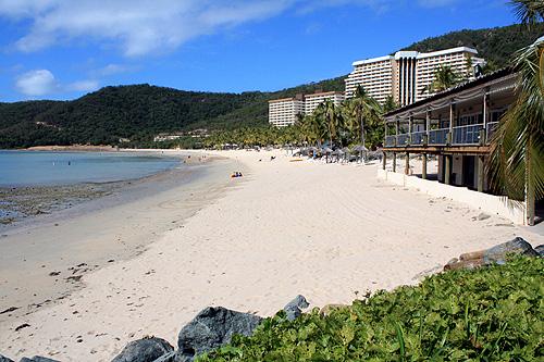 Catseye Beach Amp Hotels Photo