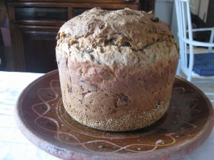 Bread baked in a Sarpaneva pot by Iittala