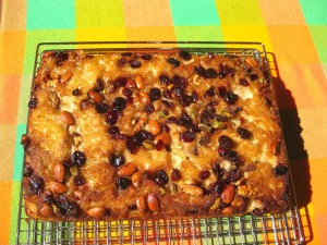 The no knead faux-caccia with dried fruit and nuts ready to eat!