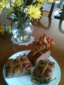 "Easter faux-caccia hot cross ""buns"""