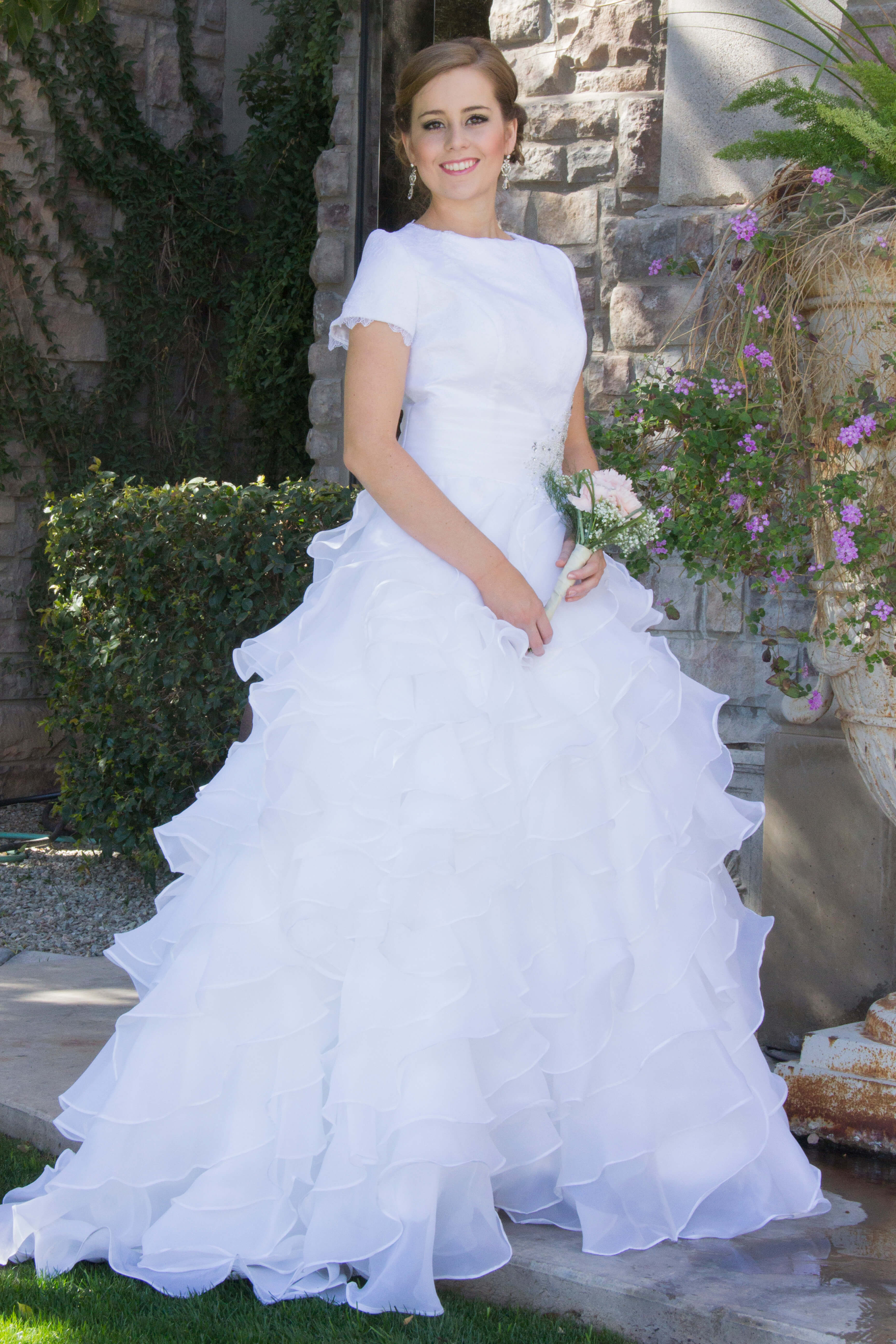 Alice Lace Modest Wedding Dress With Sleeves