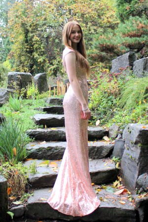Champagne Pink Modest Prom Dress Cap Sleeves with Slit