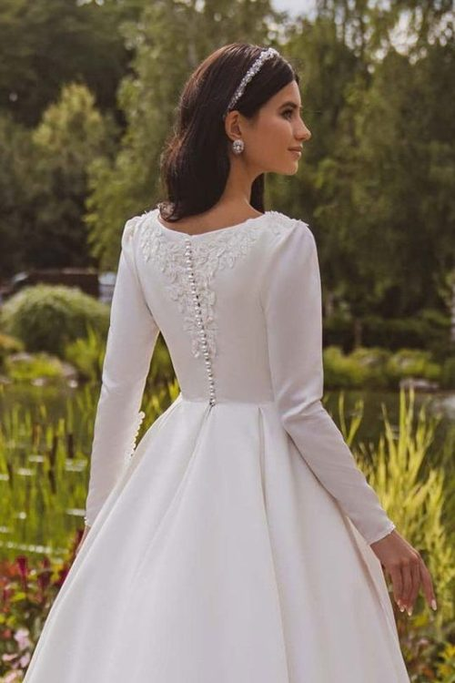 Back Detail Ivory Taffeta Modest Wedding Dress Bodice Lace Appliques