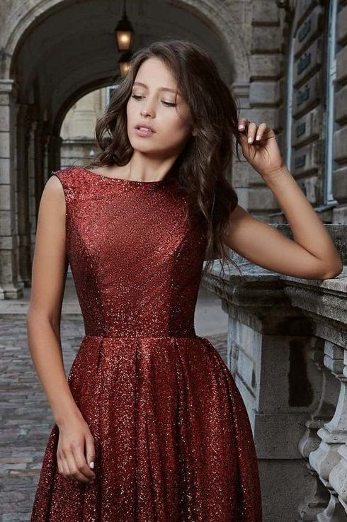 Detail Red Burgundy Ombre Sequins Modest Prom Dress