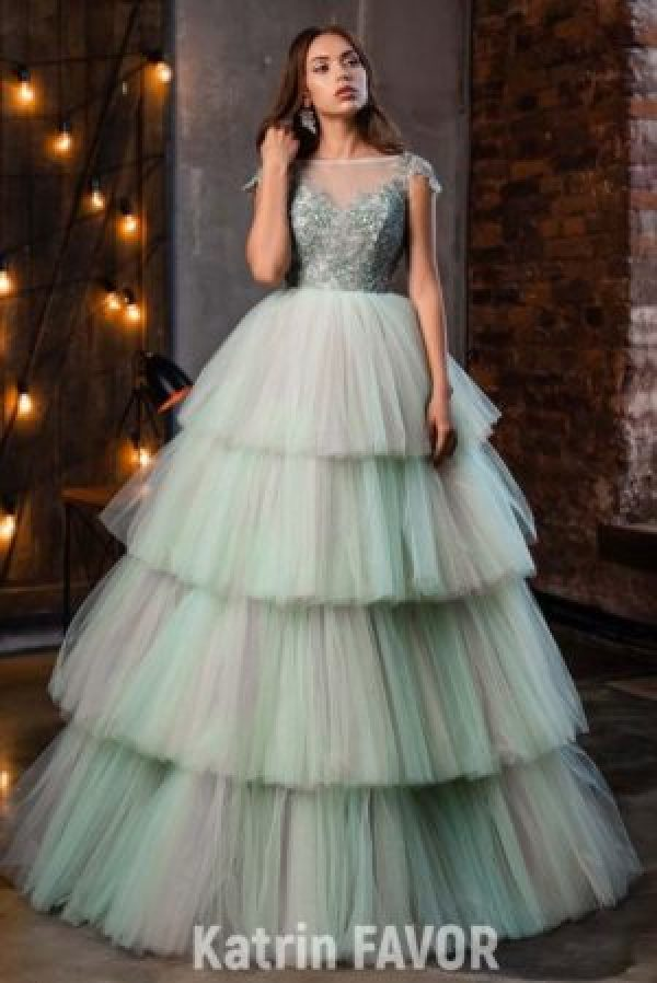 Mint Green Layered Tulle Skirt Beaded Lace Bodice Modest Prom Dress Cap Sleeves