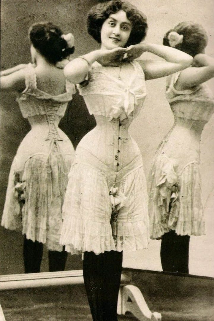 Edwardian S Shaped Corset