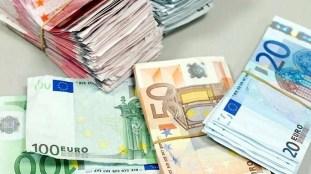Euro-Dinar : nouveau record sur le marché officiel, forte hausse sur le marché parallèle