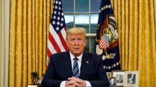 Trump annonce la « suspension temporaire » de l'immigration vers les États-Unis