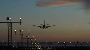 Le Royaume-Uni prévoit de mettre en place des « couloirs de voyage » pour éviter la quarantaine