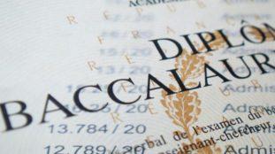 Des mesures pour faciliter la passation du bac français aux Algériens inscrits en candidats libres