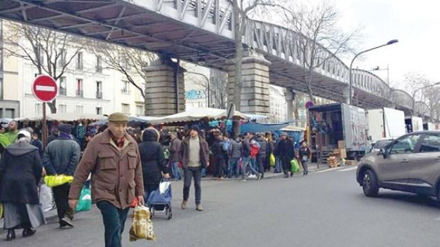 Plus de 800 000 immigrés algériens vivent en France