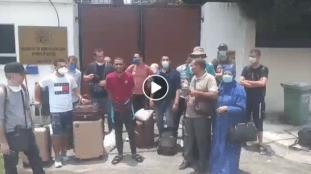 VIDÉO. Des Algériens bloqués en Malaisie