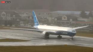 Vidéo. Regardez le tout premier décollage du Boeing 777X