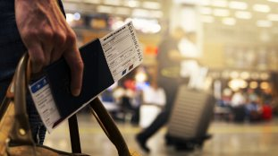 Billets d'avion: faut-il réserver maintenant ?