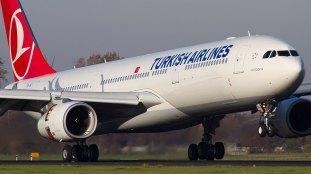 Un avion de Turkish Airlines atterrit d'urgence au Québec pour évacuer un passager malade