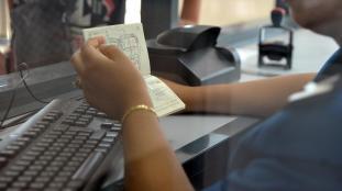 Visa France : les détenteurs d'un passeport officiel dispensés de rendez-vous VFS