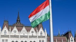La Hongrie, premier pays de l'espace Schengen à refermer ses frontières
