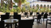 Hôtels, restaurants et cafés : voici les conditions de la reprise