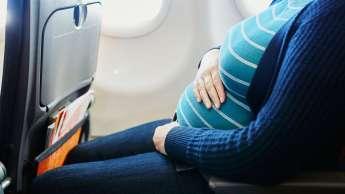 Voyager enceinte sur Air Algérie : conditions et conseils