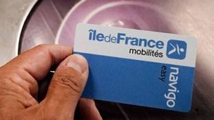 Paris : une élue veut imposer les photos sans voile sur les titres de transport