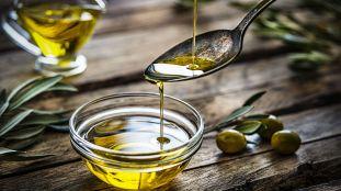 Huile d'olive : ses bienfaits pour la santé, la peau, les cheveux et les muscles